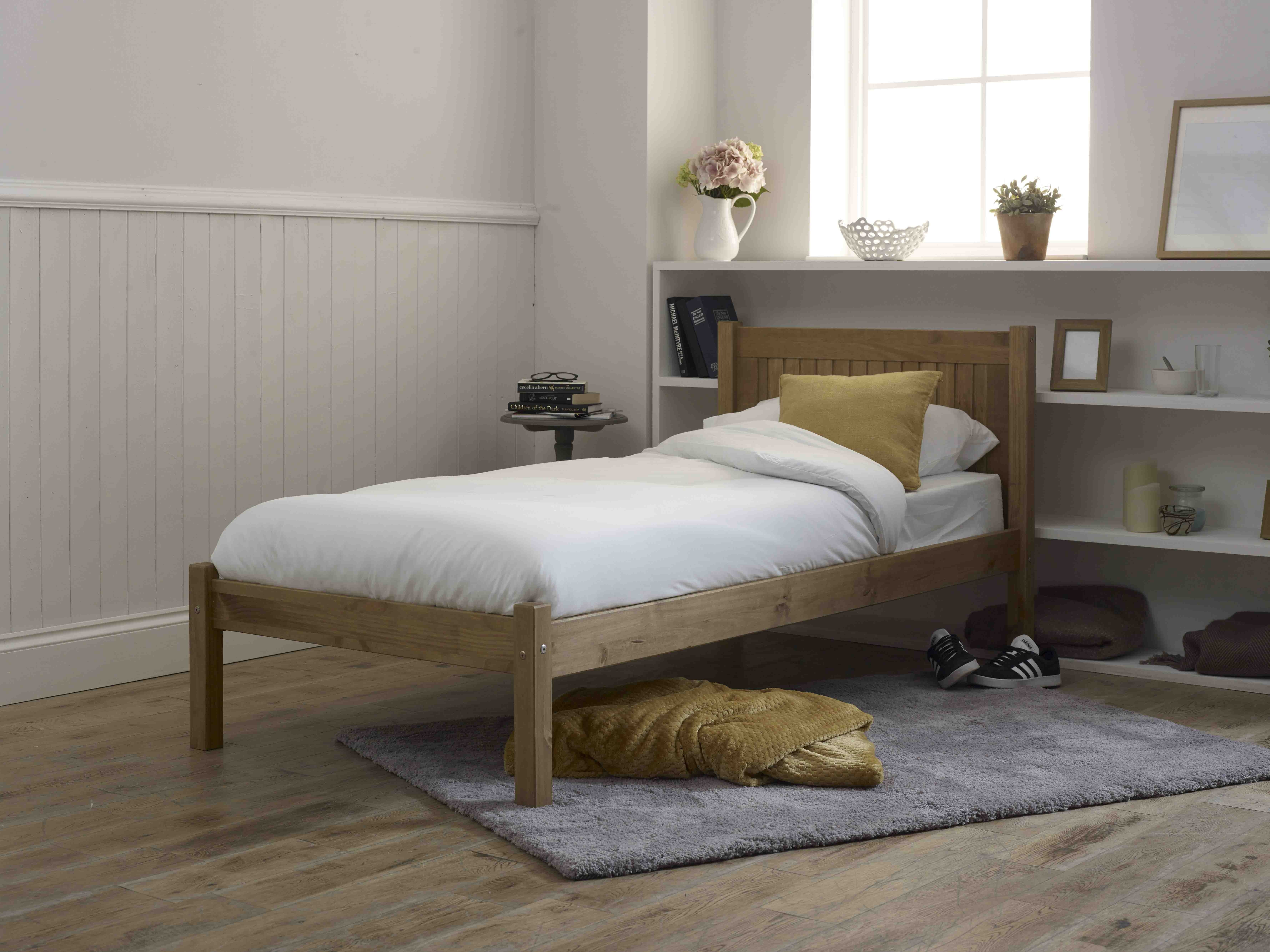 Capricorn Wooden Bed Frame Assembly Instructions (Limelight)